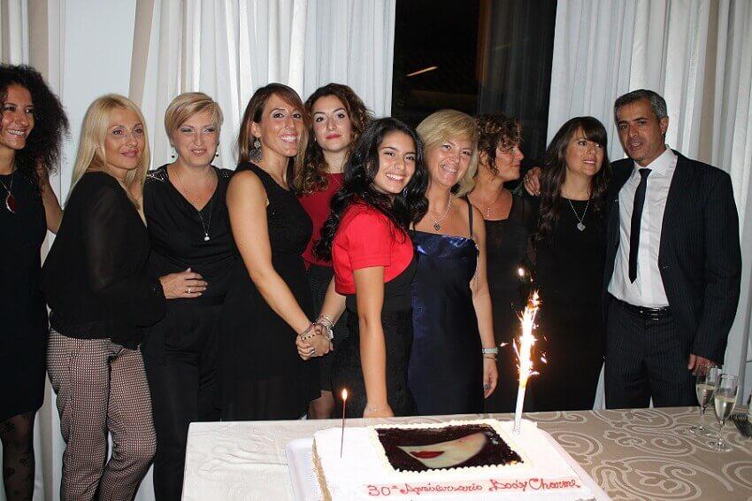 Staff con torta